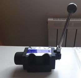 válvula de bola de latón Rebajas Venta al por mayor manual manual hidráulico válvula de control direccional de tres posiciones válvula de control de cuatro vías 40LPM mezclador de concreto monoblock válvula