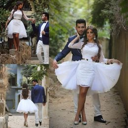 Einfache elegante mantel brautkleider online-Elegante kurze Mantel Brautkleider einfache Juwel Hals arabische Brautkleider vestido de noiva Spitze Braut Hochzeit Kleider