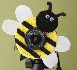 Wholesale Newborn Photography Bee - Christmas Gifts Honey Bee Photographer Shutter Buddies Pet Animal Hat Camera Lens Crochet Knitted Toys Kids Baby Newborn Photography Props