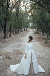Robes de mariée 2019 avec détachable Skrit Bateau cou Une ligne manches 3/4 blanc satin Champagne en mousseline de soie Vintage robes de soirée ? partir de fabricateur