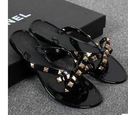 Wholesale Rivet Solid - New 2017 Woman Summer Sandals Rivets big bowknot Flip Flops Beach Sandalias Femininas Flat Jelly Designer Sandals Channel