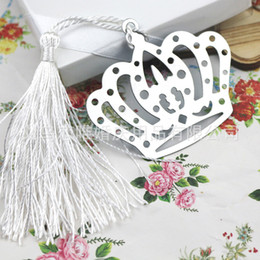 Wholesale White Guest Books - Crown Bookmark With White Tassels Elegant White Box Package Metal Book Marker Party Favor For Guest 1 1tzb F R