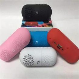 Pilule haut-parleurs bluetooth radio en Ligne-Mini Pilule Bluetooth Haut-Parleur portable Sans Fil Basse Haut-parleurs Capsule téléphone Subwoofer Avec FM Radio Spakers pour iphone 7 samsung s8 DHL gratuit