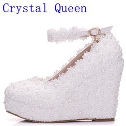 Wholesale white wedding wedge heels - Crystal Queen White Wedges Wedding Pumps Sweet White Flower Lace Pearl Platform Pump Shoes Bride Dress High Heels