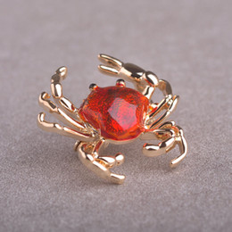 Wholesale Crab Brooches - Wholesale- Madrry Chic Enamel Animal Crab Brooches Gold color Red Grey Color Broches Pins Accessories Badges Pin Scarf Dress Gorro Joyas
