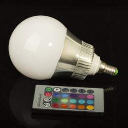 plaque led 24w Promotion E27 E14 RGB 5W 10W AC85-265V LED lampe d'ampoule avec télécommande multiple couleur RGB LED d'éclairage
