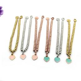 2019 conjunto de brazalete de oro antiguo Comercio al por mayor barato T perlas doble solo aceite de melocotón goteo rosa y azul verde pulsera en forma de corazón pulsera de platino