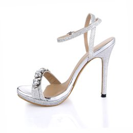 Wholesale Cheap Plus Size Shoes - Crystal Bridal Women Buckle Strap 2017 High Summer Style Sandals Cheap Modest Plus Size Ladies Party Shoes Hot Sale
