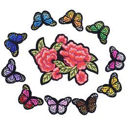 2019 blumenflecken nähen eisen 2 Styles Butterfly Patches für Kleidung Eisen auf Transfer Applique Flower Patch für Taschen Jeans DIY Nähen auf Stickerei Aufkleber günstig blumenflecken nähen eisen