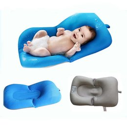Wholesale infant seat support - Portable Infant Air Cushion Bed Baby Bath Pad Non-Slip Bathtub Mat New Born Safety Security Bath Seat Support Baby Shower Accessories