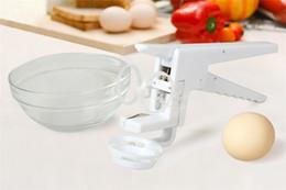 Wholesale Wholesale Eggs Prices - Wholesale Factory Price Gadget EZCracker Egg Cracker Handheld York White Separator Separate egg Whites Kitchen Tool