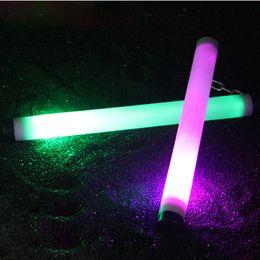 2019 llavero auto táctico Multi-Color Brillante Led Nunchucks Iluminación Nunchakus Entrenamiento Práctica Performance Nunchakus Plástico Show Stick Show Stick Envío Gratis