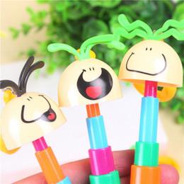 Cancelleria creativa all'ingrosso sorridente faccia uovo penna a sfera penna del fumetto penna ad anello portachiavi giocattolo penna cheap keys smile da chiavi sorridono fornitori