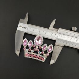 decorazioni rosa corona Sconti 50pcs / 50mm corona spilla spilla ciondolo tono argento chiaro e rosa strass crystal costume decorazione gioielli spille da sposa