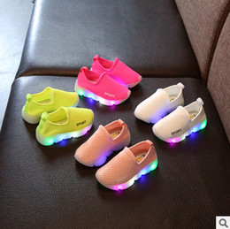 Wholesale Rubber Lamps - Kids shoes children LED lamp candy color casual shoes 2017 Autumn new boys girls hollow running shoes fashion girls princess shoess T4173