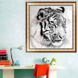 Wholesale Painting Tigers - animal tiger DIY Diamond Painting Diamond Embroidery 5D Cross Stitch Crystal Square Unfinish Home Bedroom Wall Art Decor Craft Gift