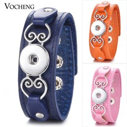 Wholesale Buttons Black Leather - VOCHENG NOOSA 7 Colors Genuine Leather Bracelet Ginger Snap Jewelry Adjustable Bangle Black with Heart for 18mm Button NN-607