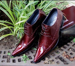 Wholesale Mens Business Casual Leather Shoes - Fashion Men's Wedding Shoes,Red High-heeled Pointed Toes Business Party Oxfords Fashion Patent Leather Casual Leisure Mens White Dress Shoes