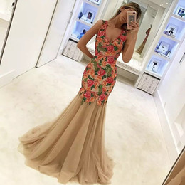 Wholesale Colorful Evening Gowns - 2018 Special Design Newest Mermaid Evening Dresses V Neck Sleeveless Appliqued Colorful Flowers Floor Length Prom Gowns Vestidos De Fiesta