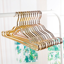 Wholesale Dress Skirt Belt - Metal Hangers Adult Suit Thickening Shelf Clothes Drying Racks Anti Skidding Curve Design Coat Hanger Seamless Rose Gold Rack 3sq D R