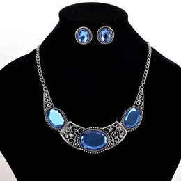 Wholesale indian choker necklace set - Vintage Tibetan Silver Plated Choker Necklace Earrings Jewelry Sets Personaly Bridal Large Blue Crystal Jewelry Set for women wedding bijoux