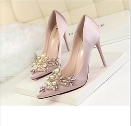 Wholesale Pink Rhinestone Charms - 2017 red white pink black purple silver Bridal Shoes Crystal Silk Wedding Shoes High Heel Designer Shoes for Wedding Bridesmaid Evening Prom