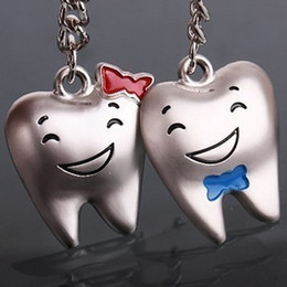 Wholesale Tooth Lover Couple Key Chain - Teeth smile happiness couple keychains Korean lovely gift wholesale key ring teeth shape Men's and women's key chain pendant