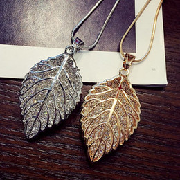 Wholesale Wholesale Hang Sweaters - Fashion long section leaf sweater chain necklace Fine jewelry Crystals from Swarovski female OpaL hanging chain jewelry For Women Girls Gift