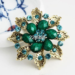 Wholesale Cheap Brooches For Sale - Wholesale- Hot Sale Vintage Fashion Alloy Rhinestone Flower Women Brooches Wholesale,Cheap Brooch For Wedding Dresses,Free Shipping