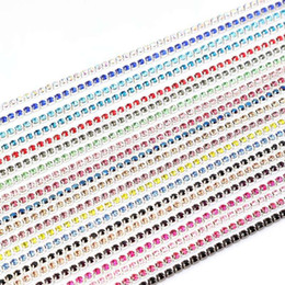 Argentina Comercio al por mayor 2mm-3mm 10 yardas / lote Base de plata Garra Cadena de diamantes de imitación Multicolor Cosa en la ropa de la joyería Bolsa Zapatos Accesorios Cadenas de cristal cheap angel shoes wholesale Suministro