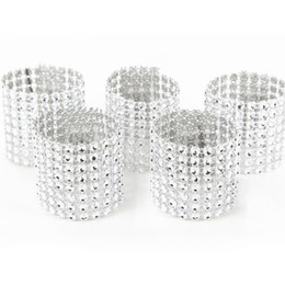 Wholesale wholesale rhinestone napkin rings - Plastic Rhinestone Wrap Napkin Ring Silver Color Napkin Buckle Hotel Wedding Supplies European Style Home Decoration