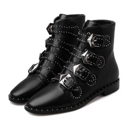 Wholesale Pink Rain Boots For Women - Susanna Studded Buckle Ankle Boots With Metal Decoration Cool Motorcycle Boots Leather Rain Booties For Women