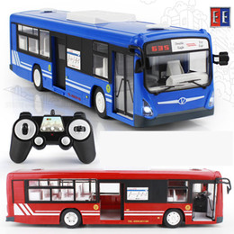 Wholesale model toys buses - Wholesale- 2017 New 2.4G Remote Control Bus Car Charging Electric Open Door RC Car Model Toys For Children Gifts RC16(2)