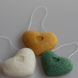 Wholesale Love Modelling Konjac Sponge Never hurt the skin Soft Cosmetic Puff A Variety Of Colors Cleansing Tools mx J R