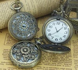 Wholesale Quartz Test - Large-sized pocket watch with a retro cover of a man's watch Big dial clearly flip Simple test