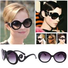 Wholesale Adult Butterfly Wings - High Quality With Big Stars In Tide Brand Catwalks Baroque Sunglasses Spray Clouds Butterfly Wings Sunglasses