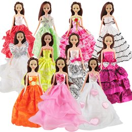 Wholesale Clothing Dolls - Random 5 Pcs Barbie Doll Dress Wedding Dress Princess Gown Clothes For Barbie Dolls Girl's Gift