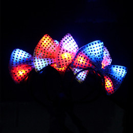Wholesale Light Up Bow Tie - Sequins Bow Tie Hair Hoop For Concert Party Supplies Luminous Headband LED Light Up Head Band Fashion 2 4mw B R