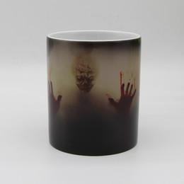 Atacado O pé morto Zombie Cor Mudando Caneca de Café Calor sensível Xícaras de Chá de Impressão com pé morto sangrenta mãos de