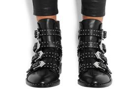 2020 marcas famosas de botas de couro Modas de couro botas de Motociclista Sapatos de Motociclista Mulheres Apontou Botas de Neve Da Marca Sapato Famoso Designer de Mulher Flats Martin Booties desconto marcas famosas de botas de couro