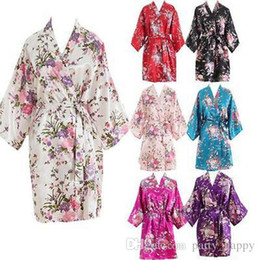 Wholesale Brides Weddings - Brides Wedding Sleepwear Casual Bathrobe Women Nightgown Women Short floral Dressing Gown Bridal Wedding Bride Bridesmaid 2017
