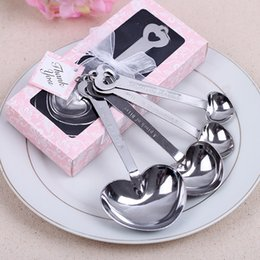 wholesale heart shape measure spoons Promo Codes - Wholesale- Free Shipping 4pcs lot Heart shape Measuring Spoons Wedding Souvenirs Wedding Gifts Pack in Gift Box