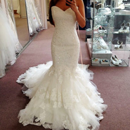 Wholesale Layered Wedding Dress Tiered - Vintage Sweetheart Lace Wedding Dresses Layered Tulle and Lace Beach Bridal Dress Chapel Train Custom Made Mermaid Wedding Gowns