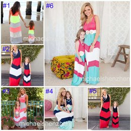 Wholesale Maxi Black Stripe Dress - 6 Style Summer Mother daughter matching dresses Mommy Girls Maxi Family stripe clothing Chiffon shoulder Puff five sleeve Dress B001