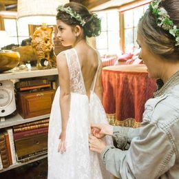 Wholesale Tulle Dresses For Little Bridesmaids - Unique Lace Flower Girls Dresses For Weddings 2017 Lovely Princess Boho Junior Bridesmaid Dresses Tulle White Little Girls Beach Dresses
