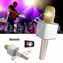 Canada Microphone Q7 bluetooth Portable sans fil Karaoke Microphone à condensateur de poche avec haut-parleur pour iPhone 6 6 s 7 / iPad / Samsung Smartphones Offre