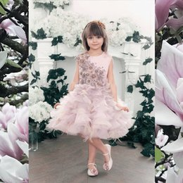 Wholesale Little Girls White Feather Dresses - Blush Beads Flower Girl Dresses Lace Appliques Feather Vintage Short Gowns Sleeveless Wedding Dresses For Little Bride