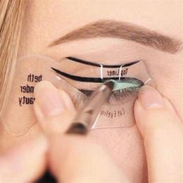 Wholesale Eyebrow Template Tool - Eyeliner Card Smokey eye look Cat Eye & Smokey Eye Makeup Eyeliner Models Template Top Bottom Eyeliner Card Auxiliary Tools Eyebrows Stencil