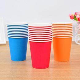 Красочные одноразовые стаканчики онлайн-Wholesale- 2017 Colorful Solid Paper Cups Disposable Tableware Children Puzzle Handmade Toys Wedding Birthday Decorations