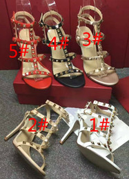 Wholesale Nude Heels Gladiator - Fashion leather female chain sheepskin high-heeled sandals Golden rivet leakage refers to thick with sandals for women